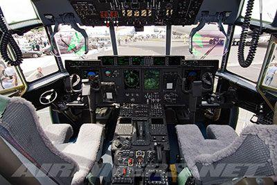 c-130J-Hercules-cockpit-avionics