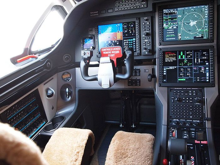 PC-12 Cockpit at NBAA 2012 Conference