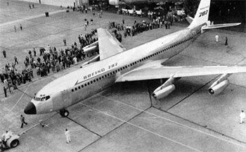 first production boeing 707
