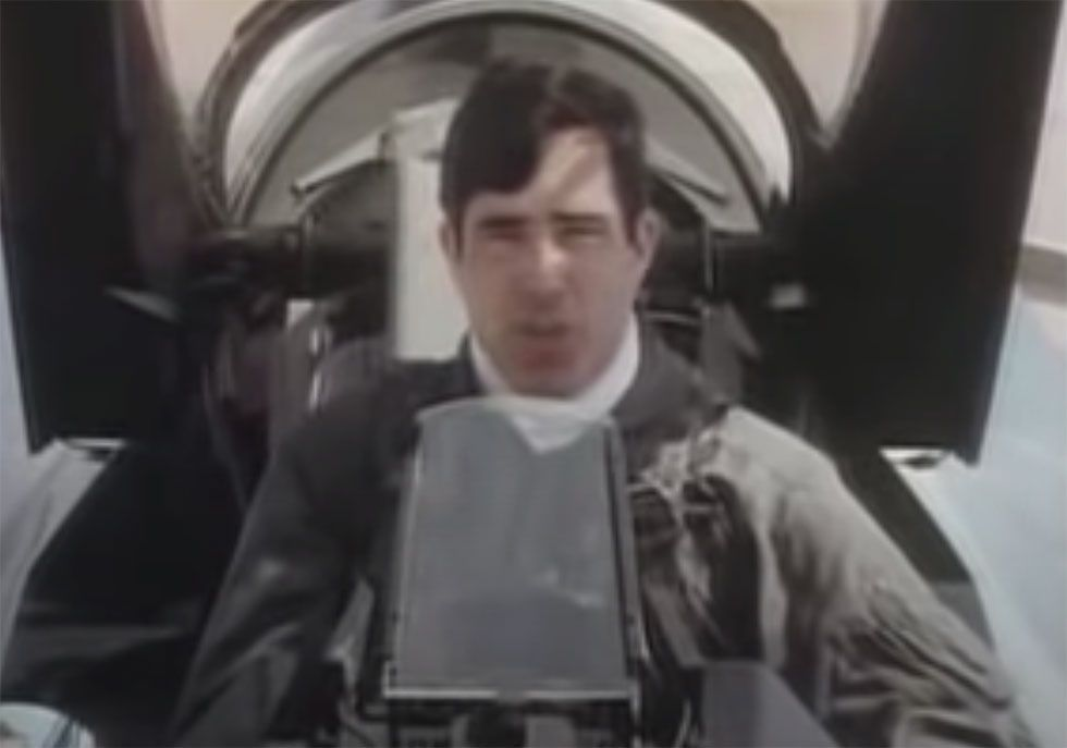 Introducing the F-16C - Early 80s Video from Inside the Cockpit